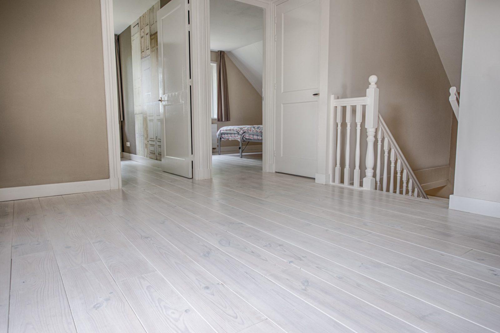 Frans grenen houten vloeren plankenland - Houten vloeren ...